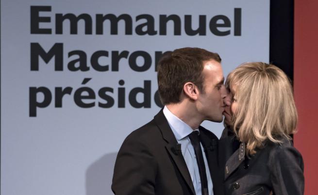 Макрон и съпругата му - вероятна нова президентска двойка на Франция