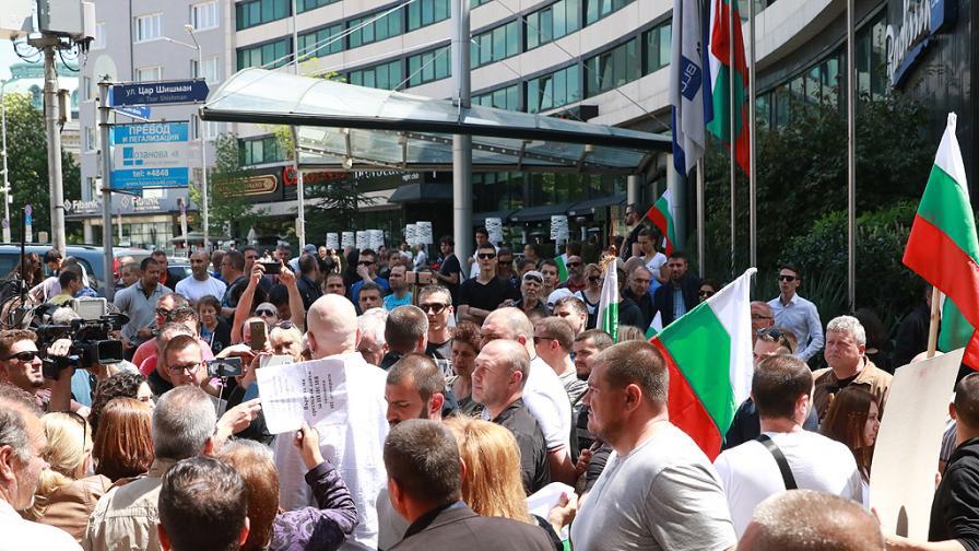 Партията на Слави Трифонов ще иска намаляване на депутатите и пряк избор на главен прокурор