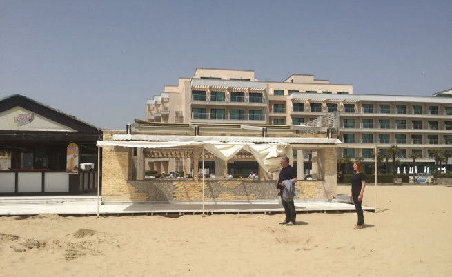 Чистка на незаконните барове в Слънчев бряг