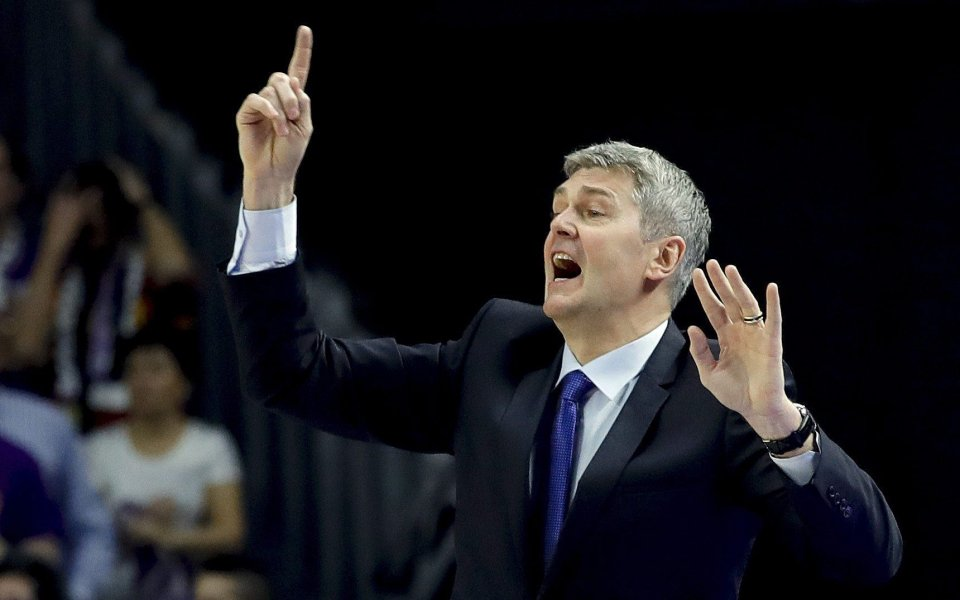 Макаби Тел Авив уволни пети треньор за един сезон!