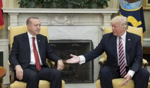 """Тръмп към Ердоган: Не бъди глупак. Осмя """"смахнатата Нанси"""""""