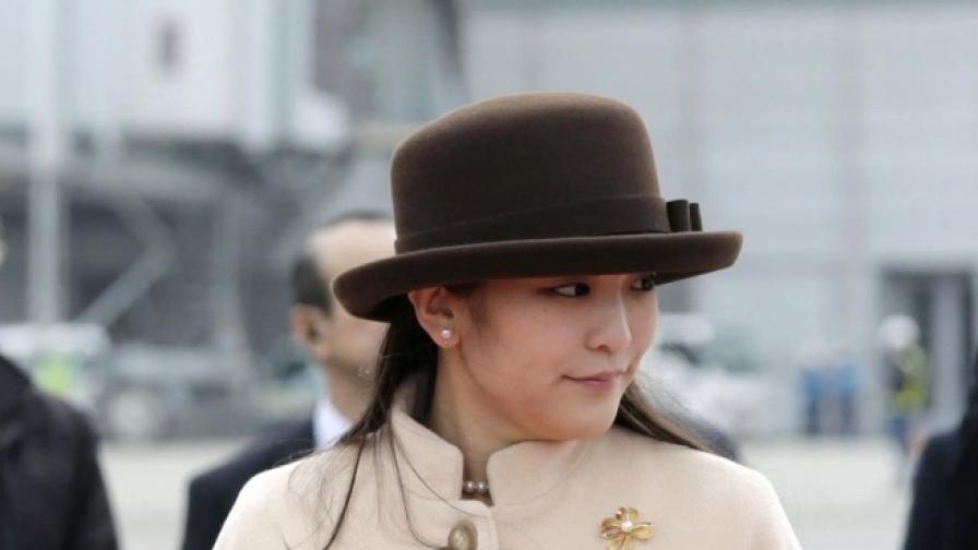 Принцеса Мако напуска императорското семейство