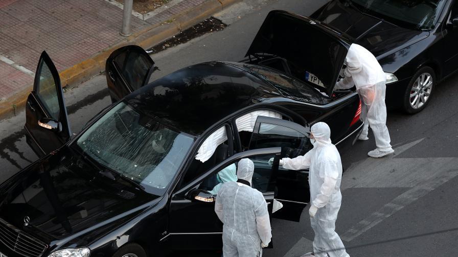 Бивш гръцки премиер бе ранен с писмо-бомба