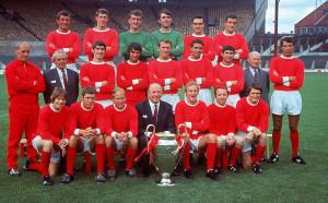 Шотландецът, който игра в Сити и Ливърпул, но стана легенда на Юнайтед