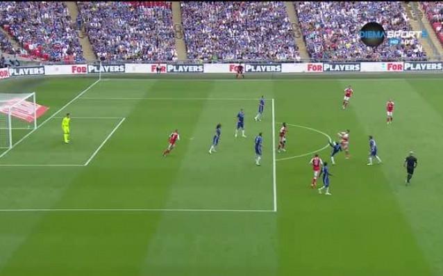 Много, много спорен гол за Арсенал във финала на