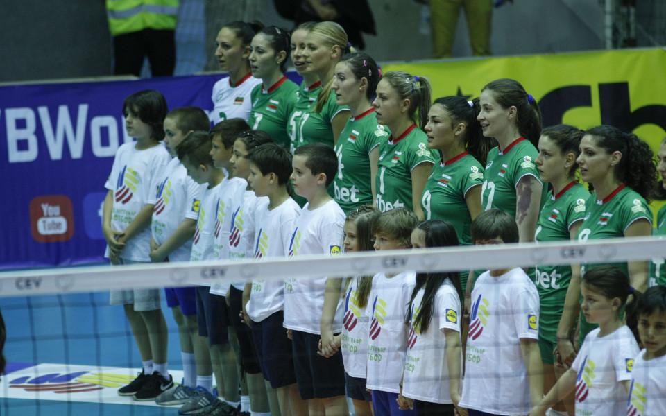 Волейболните националки с разгром за старт на световните квалификации