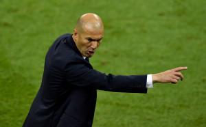 Зидан разкри, че е подписал нов договор с Реал