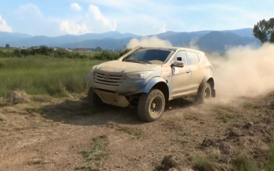 Hyundai off-road racing team приключи участието си в Гърция