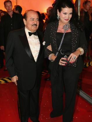 Аднан Хашоги с втората си съпруга