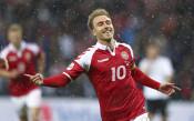 Дания се приближи до Полша след бой над Казахстан