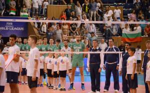 Волейболните национали срещу клубния отбор на Константинов