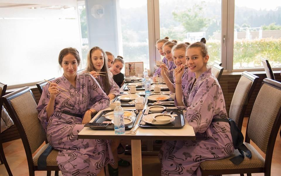 Грациите ни на работа след почестите в Япония