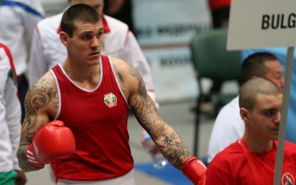 Димитров с поредна победа на европейското по бокс