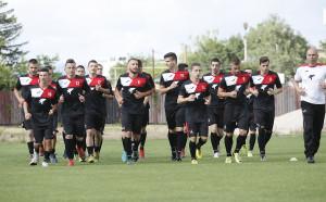 Локомотив София привлече 10-ти нов, контролата със Славия пропадна