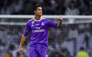 Пак промяна: Роналдо нямало да плати милионите