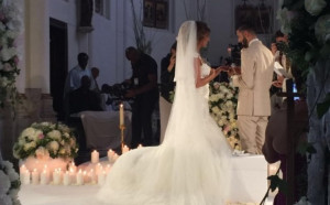 Яник Ферейра-Караско се охарчи сериозно за тайната си сватбата