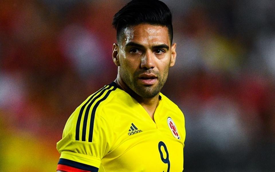 Хакнаха Севиля, обявиха трансфер на Фалкао