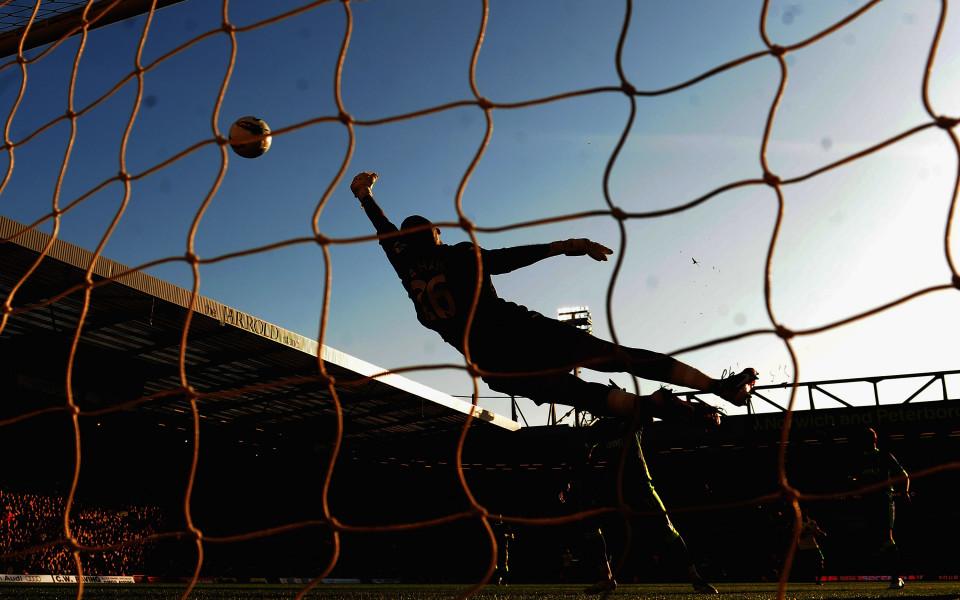 Нова Броудкастинг Груп излъчва мачовете от долните нива на английския футбол и Купата на Лигата