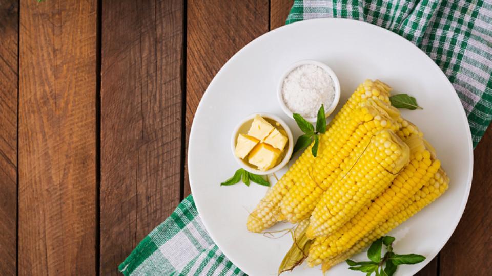 Как да си направим вкусна ароматна варена царевица с масло