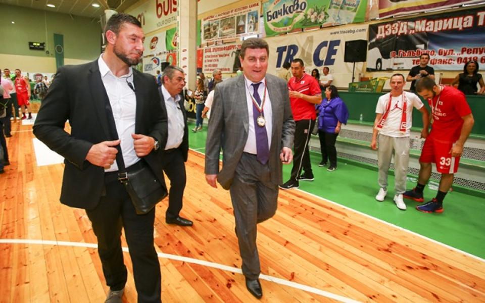 Среща в родния баскетбол по инициатива на Вальо Златев