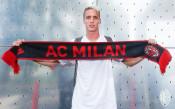 Милан най-накрая приветства Андреа Конти