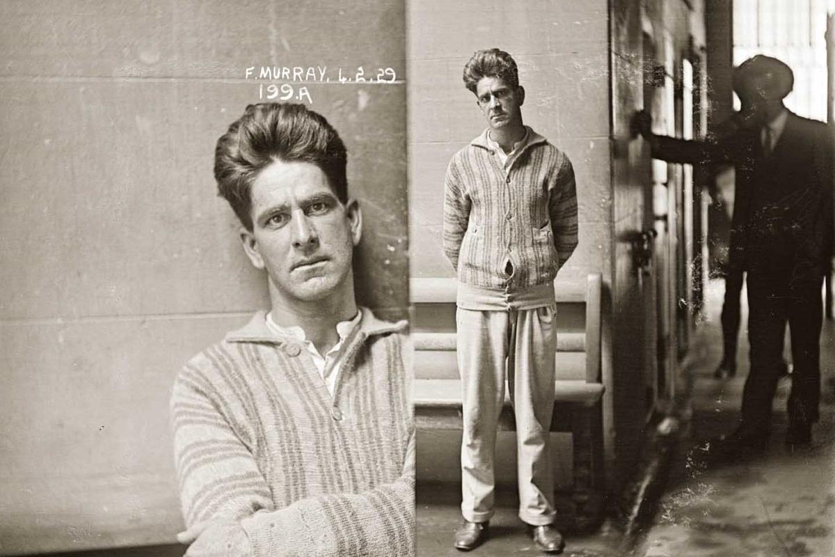 """Хари Уилямс е осъден на 12 месеца тежък труд през 1929 г. за влизане с взлом и кражба. Въпреки че освен ограбването на домове бил замесен и с """"проститутки и близки хотели"""", е описан като """"тих характер""""."""