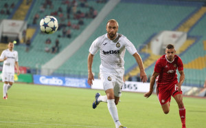 Две миниизненади за старт на Първа лига