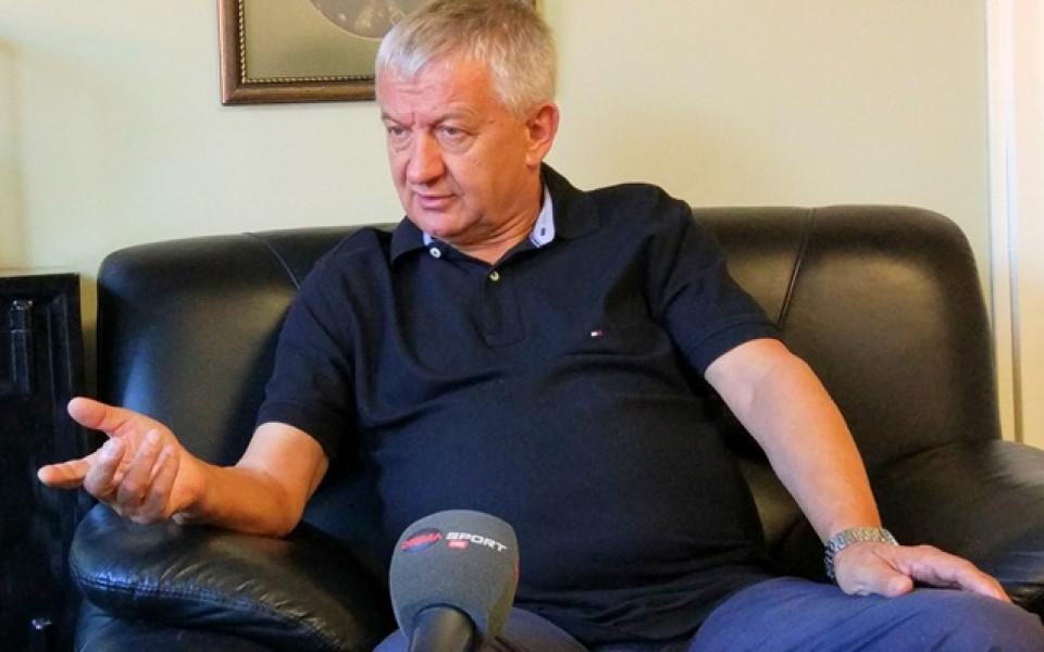 Крушарски отрече пасивност и обяви, че ще се среща с кмета на Пловдив
