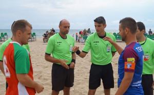 Престижни международни наряди за български съдии по плажен футбол
