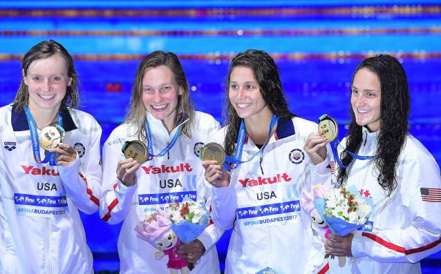 Щафетата на САЩ спечели златните медали на 4 по 200 метра свободен стил за жени на световното първенство по плуване в Будапеща<strong> източник: БГНЕС</strong>
