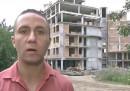 Димитър Върбанов пред строежа заради който получава заплахи