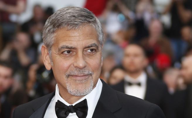 Джордж Клуни пострада при катастрофа