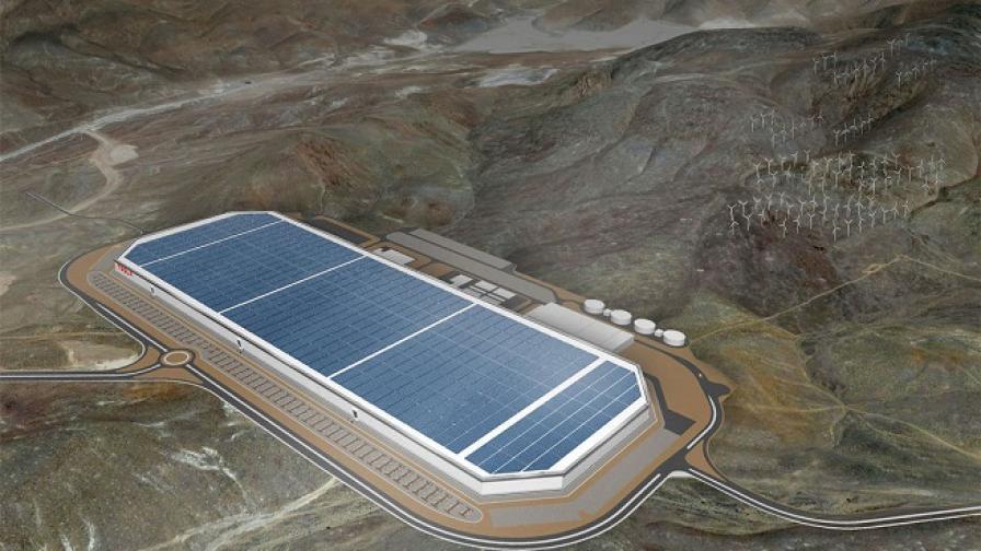 Когато този завод заработи на пълни обороти, Tеsla ще се превърне в световен №2 производител на литиево-йонни батерии.