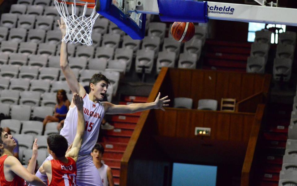 Младата звезда на Реал Константин Костадинов повежда България на Европейското