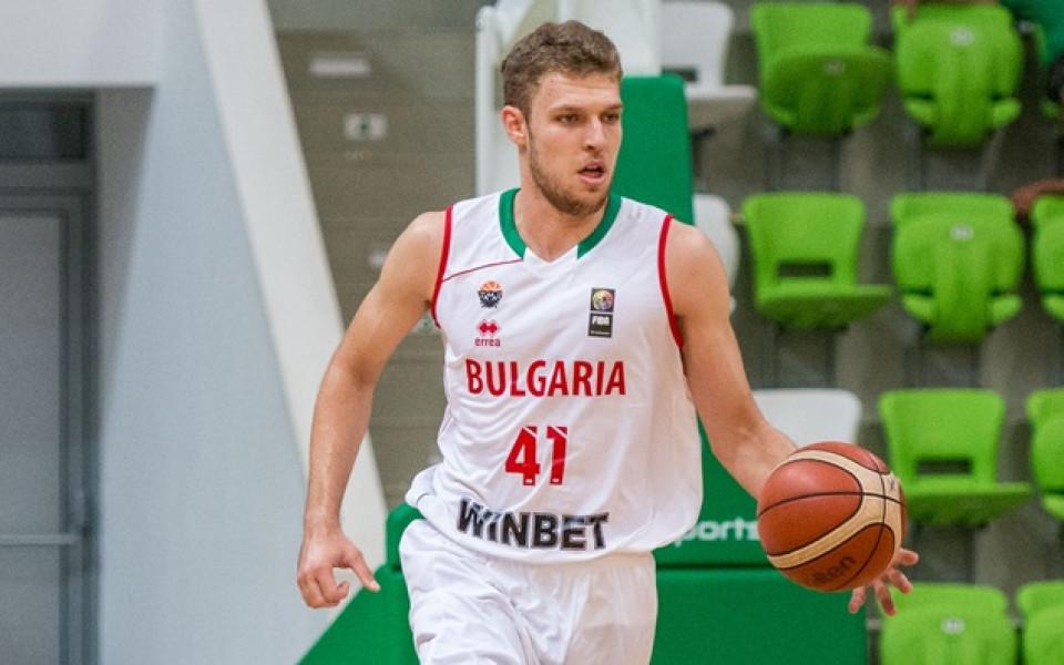 Испания обяви състава и вдигна шансовете на Везенков да играе за България