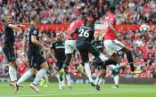 Юнайтед започна по шампионски, оглави класирането във Висшата лига