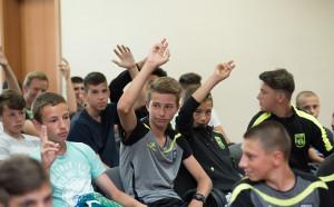 За една успешна кариера: Коце Ангелов с мотивираща реч пред талантите на Витоша