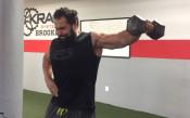 Вижте как тренира българската звезда в кеча