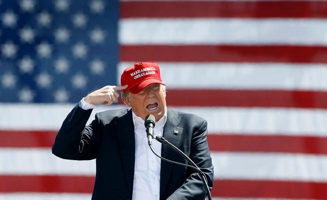 Богатството на президента Тръмп се топи