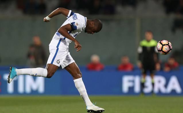 ПолузащитникътЖофри Кондогбия се изказа доста остро по адрес на клуба,