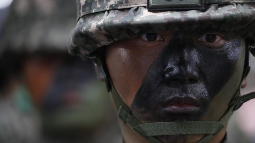 Южна Корея подготвя превантивен удар срещу Севера