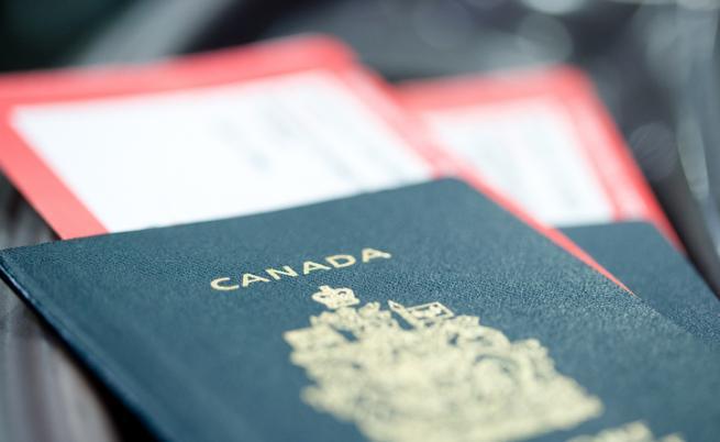 Канада въвежда трети пол в паспортите