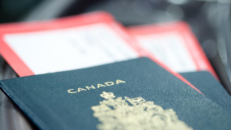 Въвеждат неутрален пол в докумнетите в Канада
