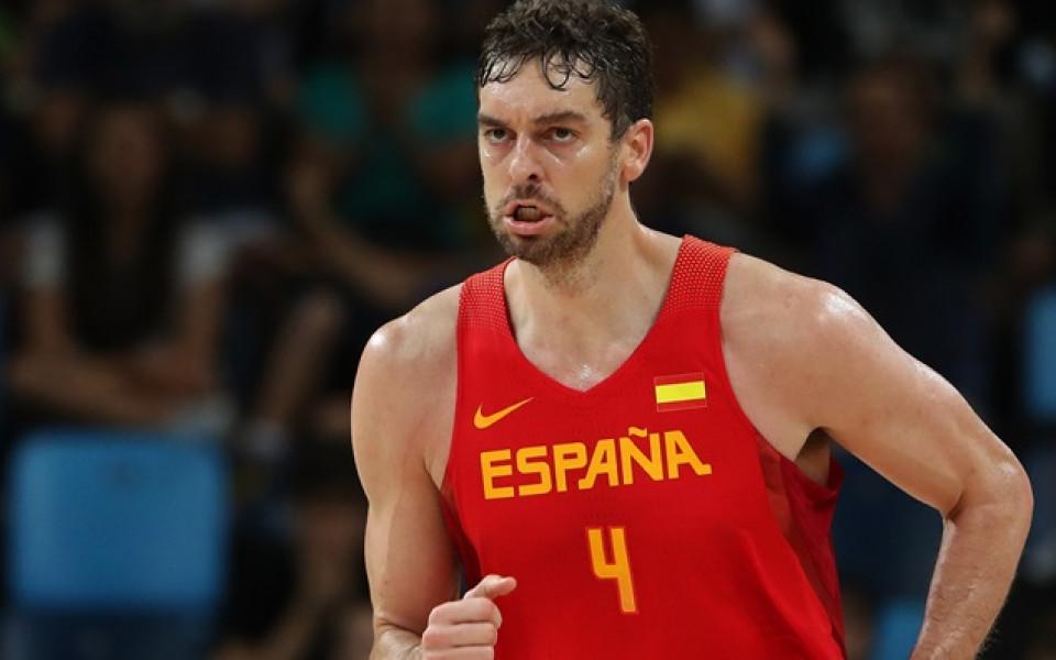 Пау изведе Испания до успех, впечатли се от литовските фенове
