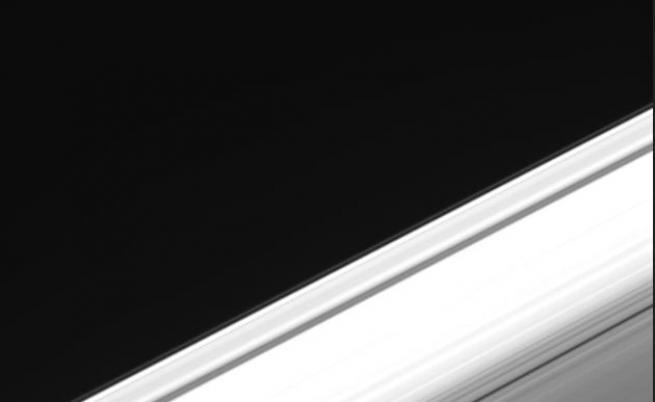Пръстените на Сатурн от гледната точка на планетата