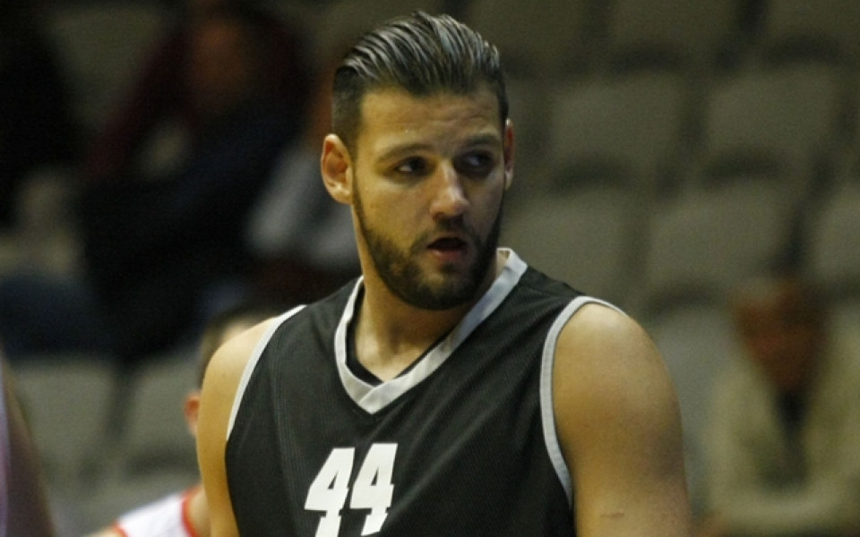 Деян Иванов отново ще играе в  Италия