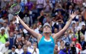 Коко Вандевеге отстрани Каролина Плишкова на четвъртфиналите