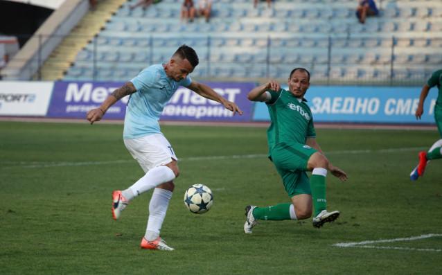 Последните два отбора във временното класиране на Първа лига –