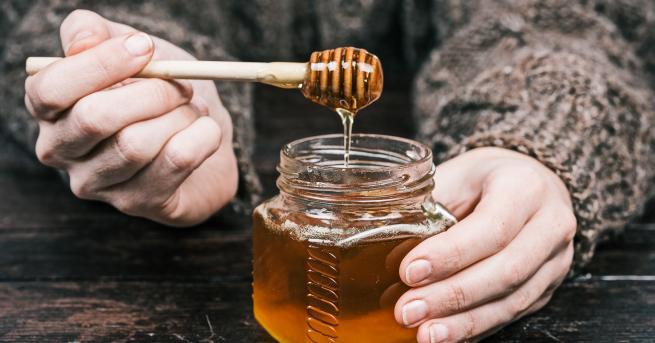Повече от 500 заболяваниямогат да бъдат лекувани с пчелни продукти.