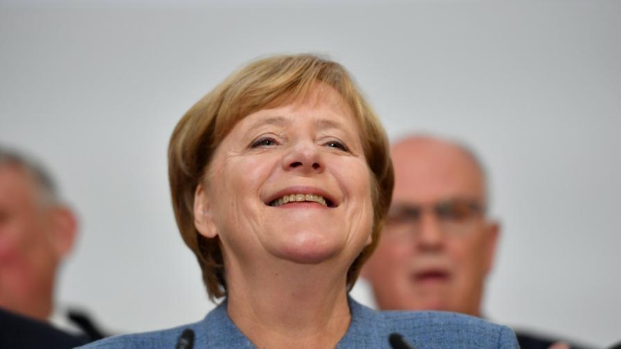 """Изненада помрачи победата на Меркел, прави коалиция """"Ямайка"""""""